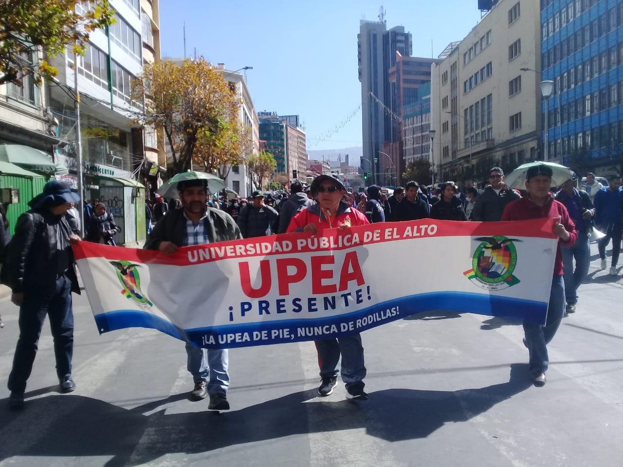 UPEA NO FRENA MOVILIZACIÓNES EN LA CIUDAD DE LA PAZ