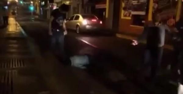 """Guardia de seguridad y mesero del centro nocturno """"Tentación"""" fueron aprehendidos por robo"""