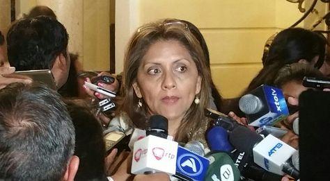 Ministra de Comunicación señala que no hay preocupación por las manifestaciones de colectivos del 21F