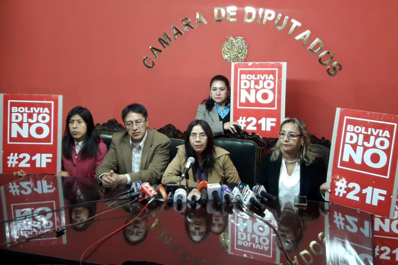 Bancada de UD pide al TSE hacer respetar los resultados del 21F