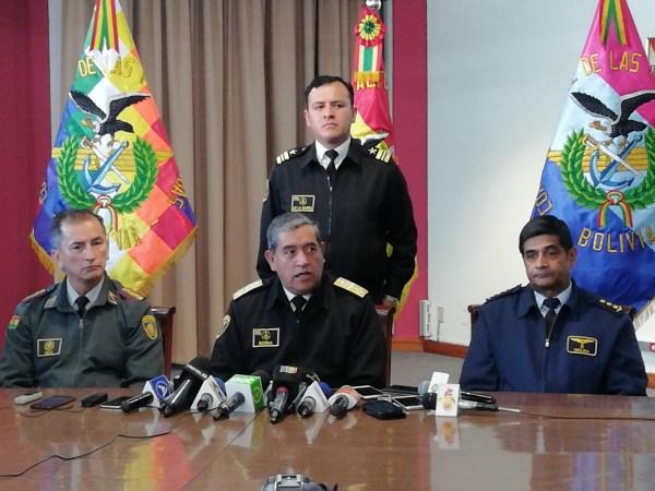 Jefe de la Casa Militar fue destituido por el robo de la medalla y banda presidencial