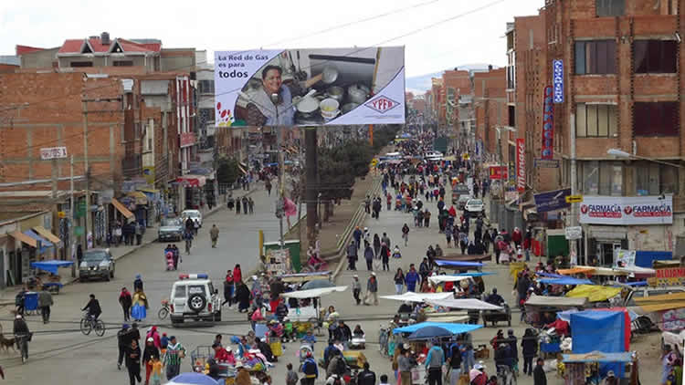 Policía boliviana procederá al control y supervisión de la restricción de vehicular para el día del peatón