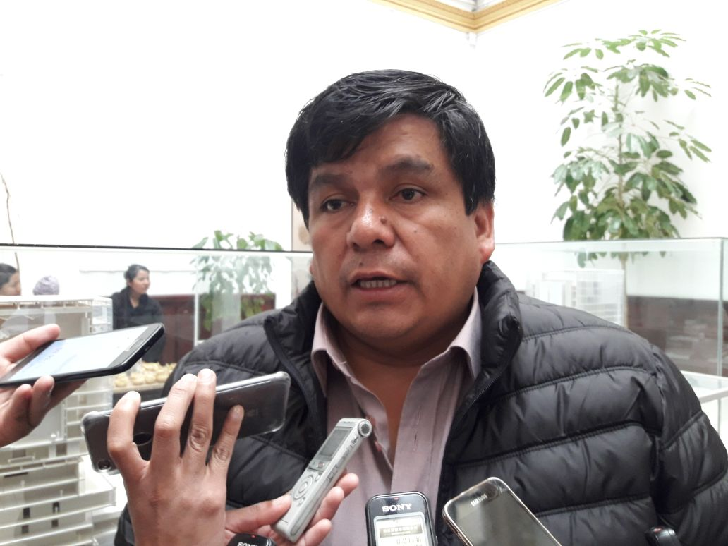 Senador del MAS presentará proyecto de ley para que todo funcionario público levante el secreto bancario