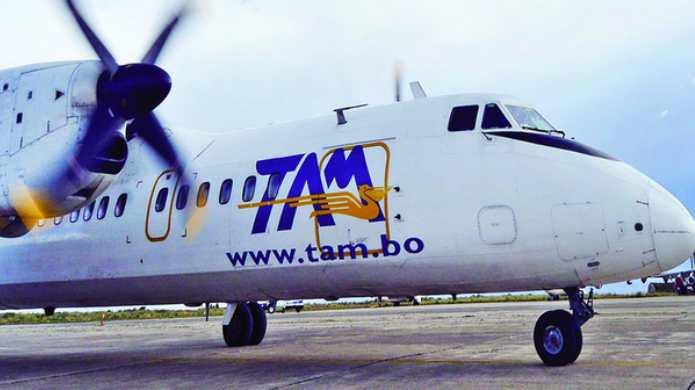 TAM está adeudada con Bs 75 millones de bolivianos por operar con el NIT de la FAB