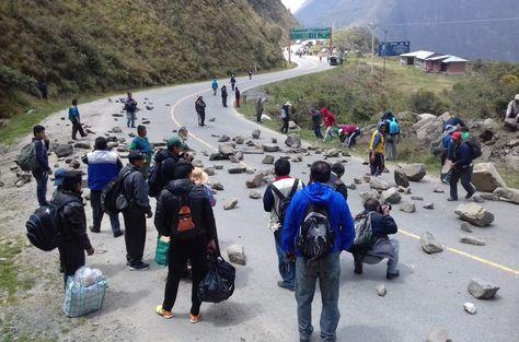 5 cocaleros fueron detenidos durante los bloqueos en Unduavi