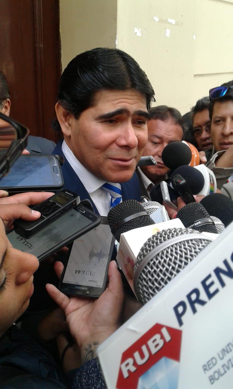 Exministro de Gobierno agradeció a la comisión que organizó el examen escrito para Fiscal General