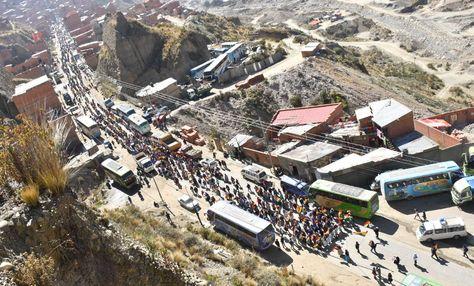 La marcha de cocaleros de La Asunta llega a La Paz