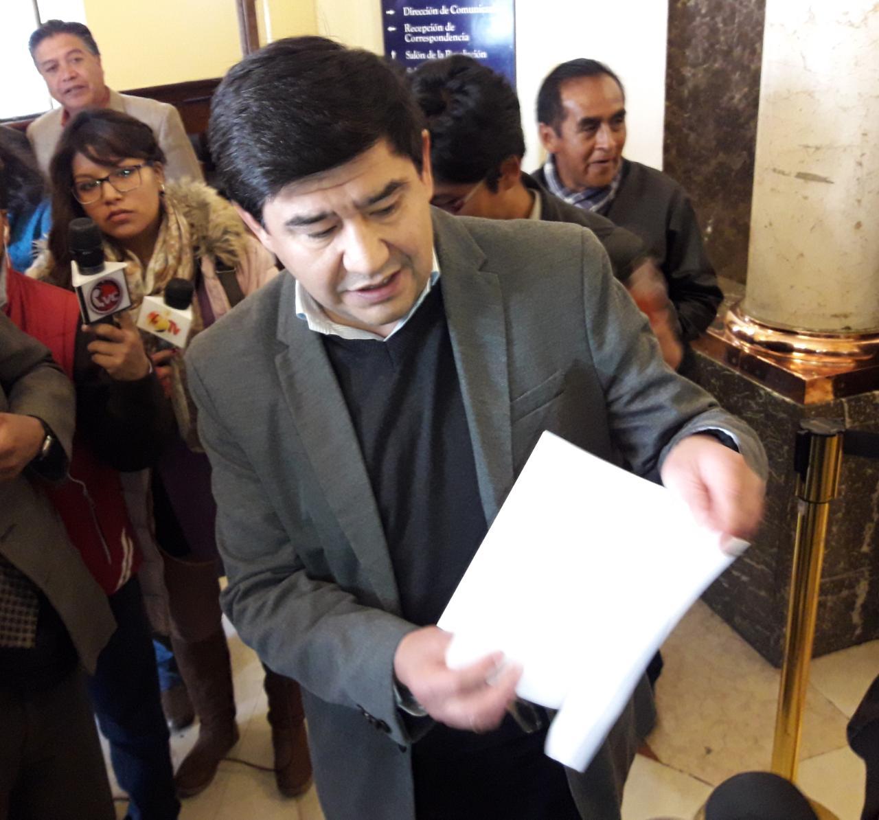 Milton Barón dice que la oposición no tiene propuestas para ofrecerle al país
