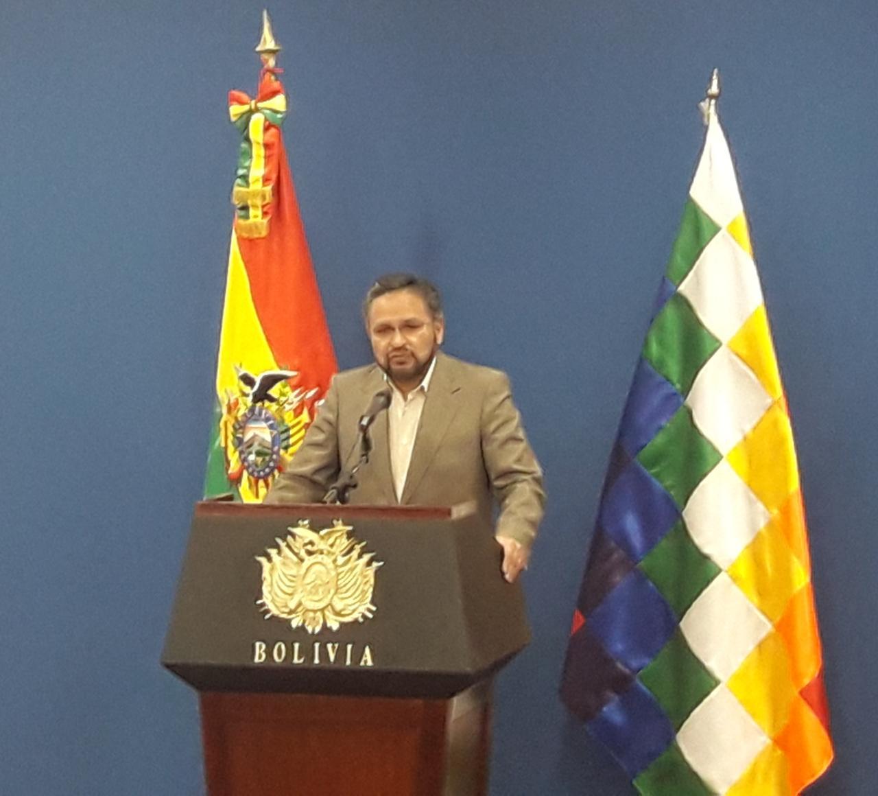 Ministro de la presidencia convoca a Colegio Médico a participar de los encuentros por la salud y la vida