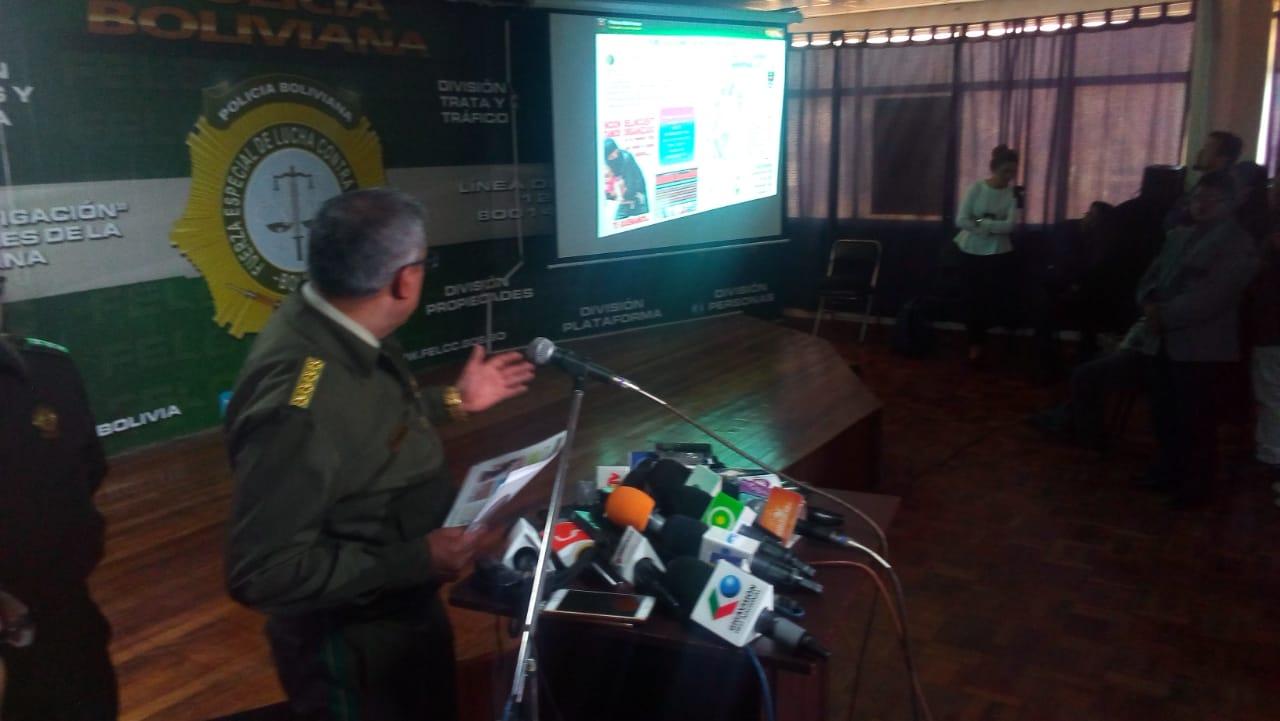 Policía califica de falsos los videos, información e imágenes de secuestros de niños en Bolivia