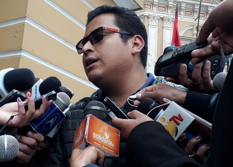 Diputado Callejas descarta tratar proyecto de ley para modificar el doble aguinaldo