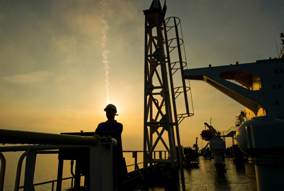 Incrementa el precio del petróleo en medio de las tensiones entre EE.UU. y Arabia Saudita