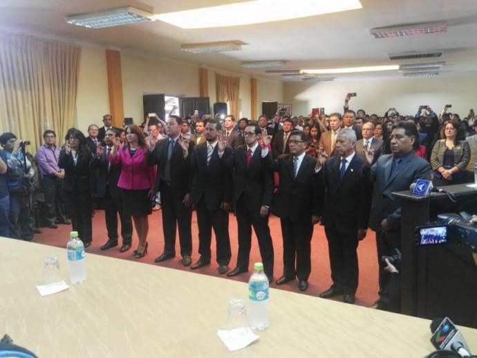 Juan Lanchipa posesionó a los nueve fiscales departamentales del país