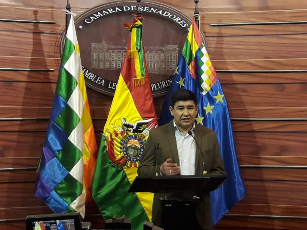 Presidente del Senado advierte que el TSE no tiene que interpretar ni discutir el fallo del TCP sobre la repostulación Morales