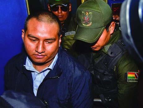 Inician proceso penal contra dos policías acusados de agredir a Juan Pari