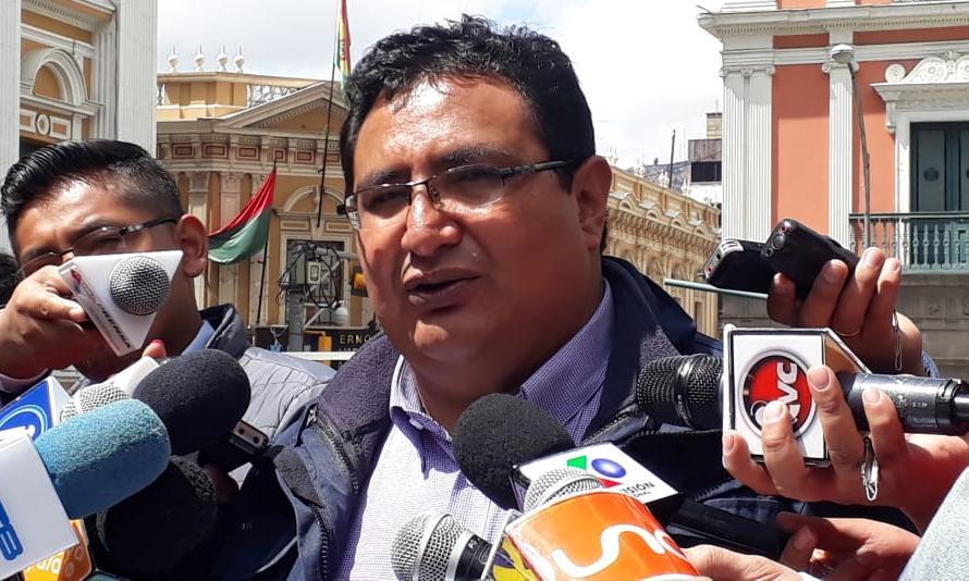 """Barral señala que la CSUTCB solicitó un informe sobre el caso """"Clan Cocarico"""" donde dos dirigentes de la misma institución están involucrados"""
