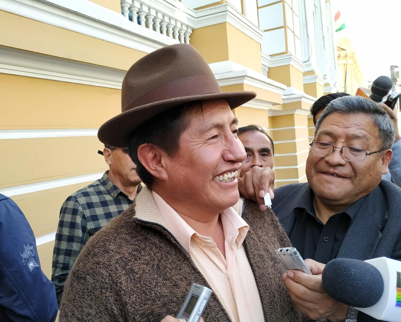 Rafael Quispe de oposición anuncia que presentará su binomio por el MAS si no lo expulsan