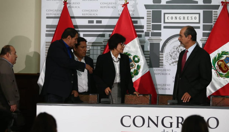 La bancada del Apra dio su apoyo a la decisión tomada por Alan García