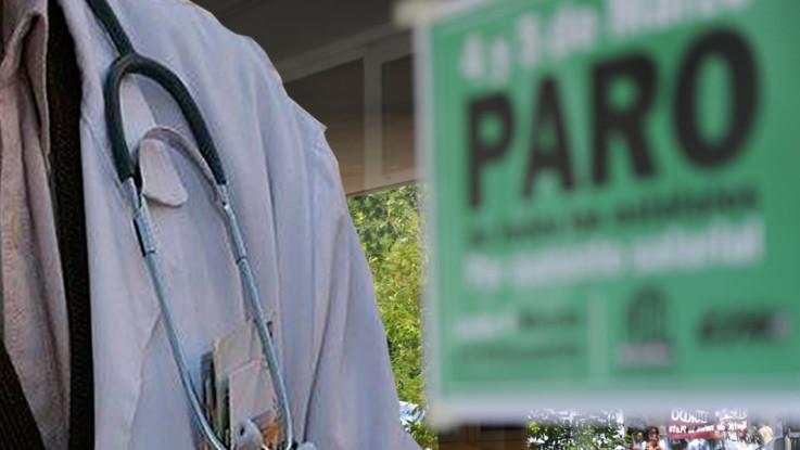 Médicos de La Paz cumplen paro de 24 horas en contra del seguro universal
