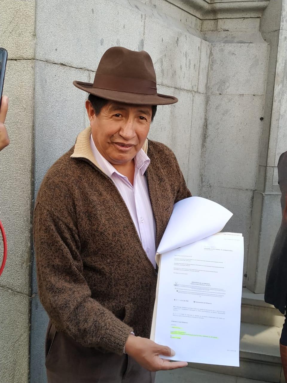 Rafael Quispe denuncia su militancia hacia el MAS sin haberse inscrito a ese partido político