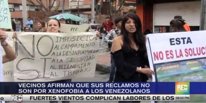 """Una comunidad en Bogotá protestó contra la llegada de inmigrantes venezolanos """"supone riesgos de salud"""