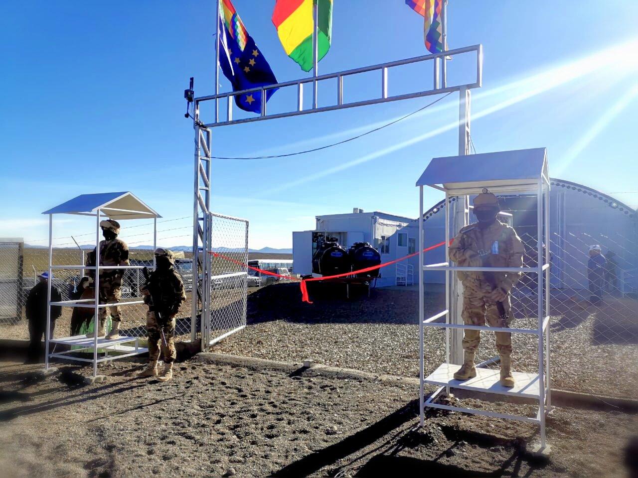 Morales inaugura el primer puesto militar de control adelantado en Charaña en lucha contra el contrabando