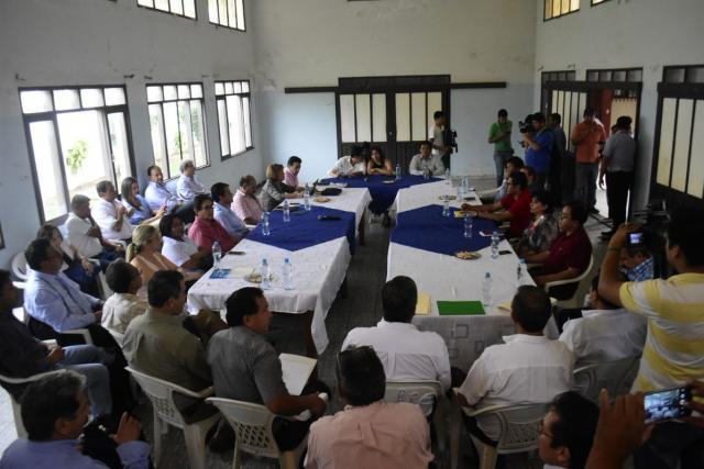 Ministerio de Salud convoca al Colegio Médico a una reunión para hoy jueves para tratar sus demandas