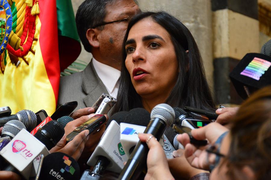 """Gabriela Montaño asegura que la demanda de los Comités Cívicos es """"política – partidaria"""" contra la democracia"""