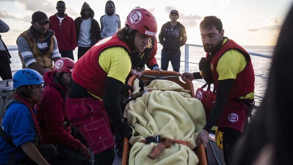 Pedro Hernández armador del barco, Nuestra Madre de Loreto, advierte que volverá a Santa Pola con los rescatados si el Gobierno no resuelve el paro