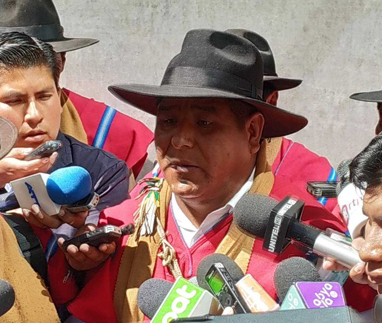 Ponchos Rojos de la provincia Omasuyo no permitirán el ingreso de campañas políticas opositoras