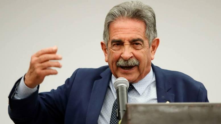 """Revilla: """"AMLO no será autoritario como regímenes que hay por ahí"""""""
