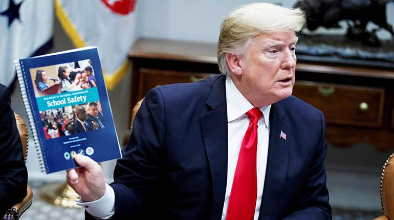 "Trump afirma que Muro con México será ""bonito"""
