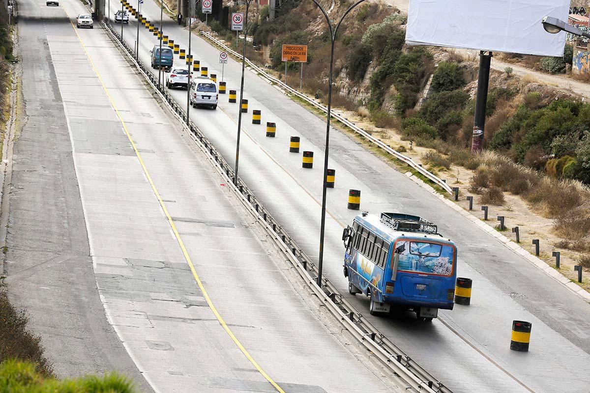 Vecinos bloquean la Autopista exigiendo a la ABC la construcción de ramplas