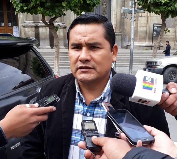 """CSUTCB asegura que el paro realizado por SIRMES """"va en contra"""" de las personas que no cuentan con ningún seguro de salud"""