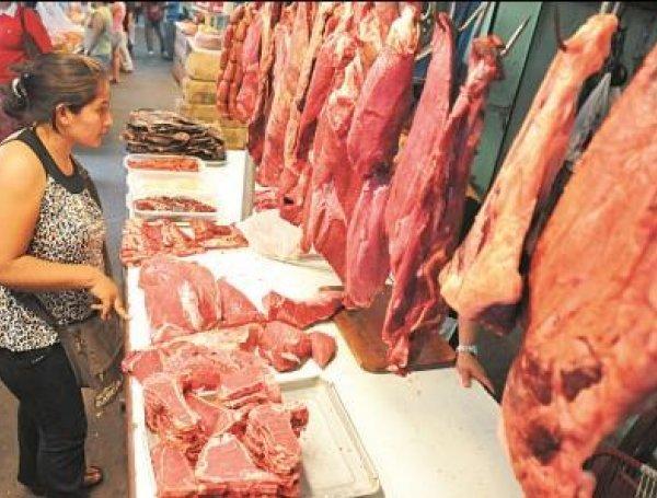 Carniceros amenazan con movilizaciones si el Gobierno no responde al pedido de la anulación de multas y la creación de una normativa tributaria