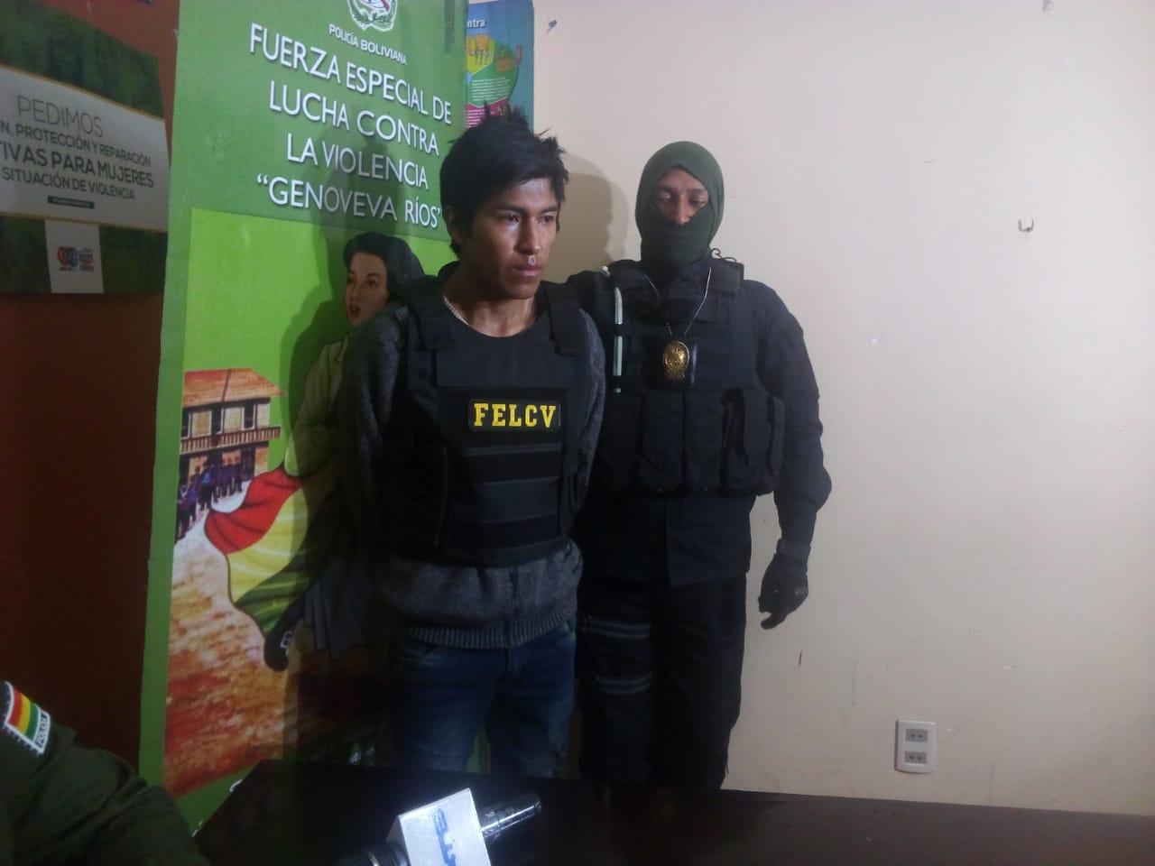 FELCV aprehende a un supuesto autor de feminicidio en la localidad de Achocalla