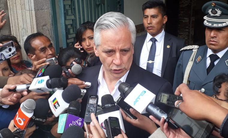 Linera señala que existe una débil militancia en la oposición y en el MAS