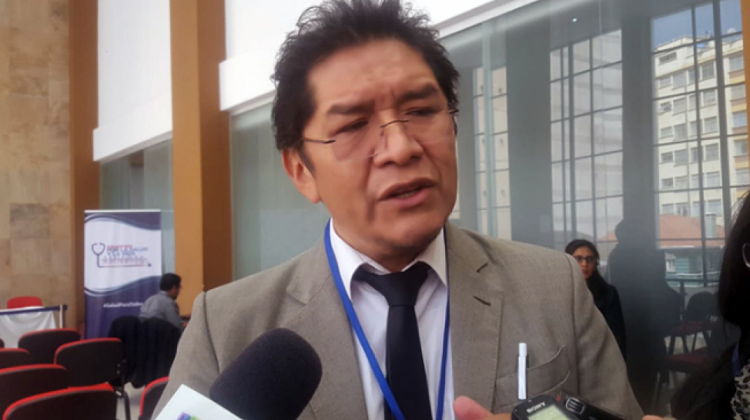 Los representantes departamentales de Colegios médicos se reunirán con el Gobierno en La Paz este martes