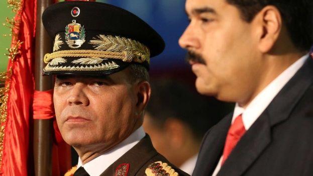 """Ministro de Defensa: """"Están las armas listas para defender' a Venezuela y Maduro"""""""