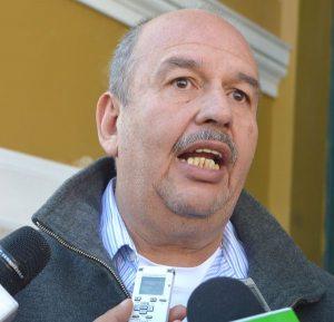 Oposición aplaude la decisión del gobierno de expulsar al italiano terrorista del país