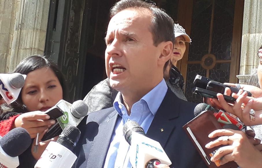 Quiroga pide a Morales no participar de la posición presidencial del venezolano Maduro para no poner en vergüenza al país boliviano