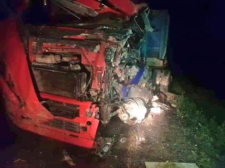 Choque frontal en carretera Oruro – Potosí deja 24 personas fallecidas y 12 heridos