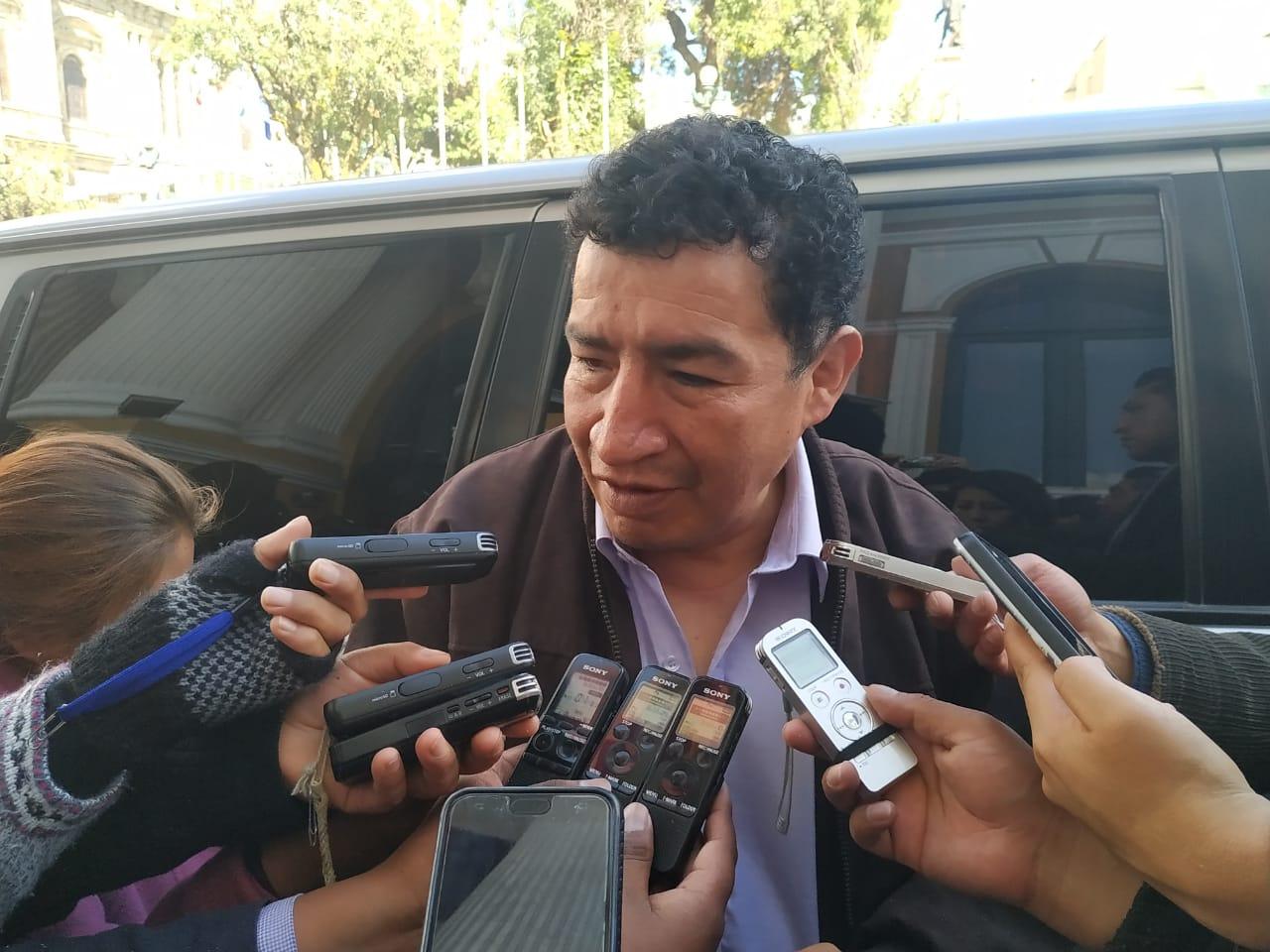 Borda sugiere a Vías Bolivia realizar una auditoría a la Federación de Choferes