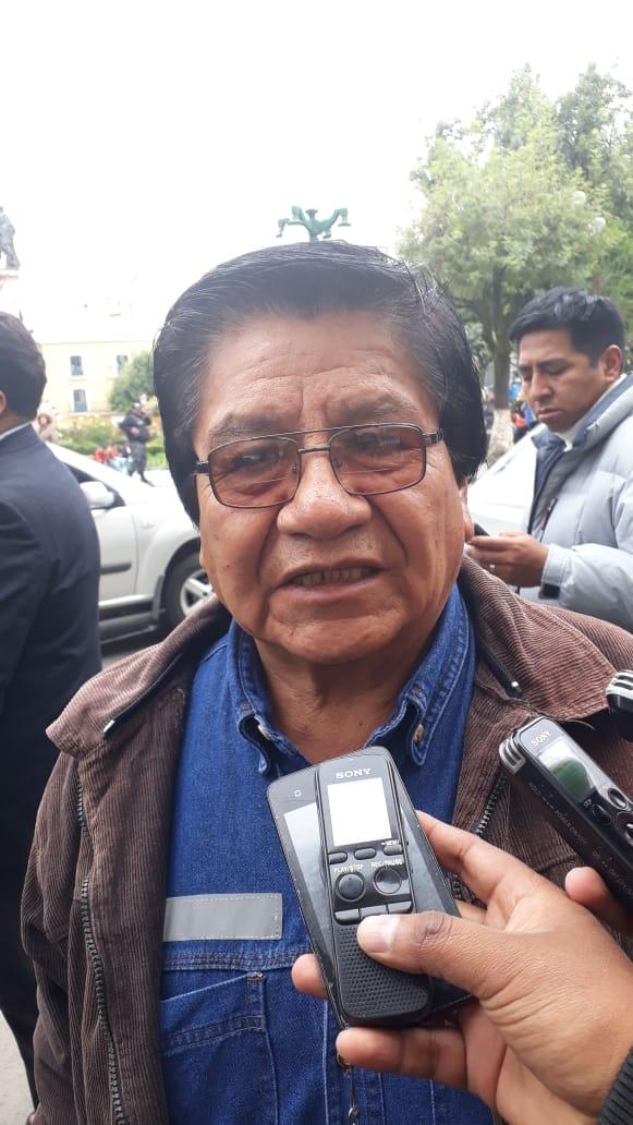 Lazo pide que la denuncia de Calcina sea remitida a la Comisión de Ética de la ALP para investigar y establecer sanciones contra Barrientos