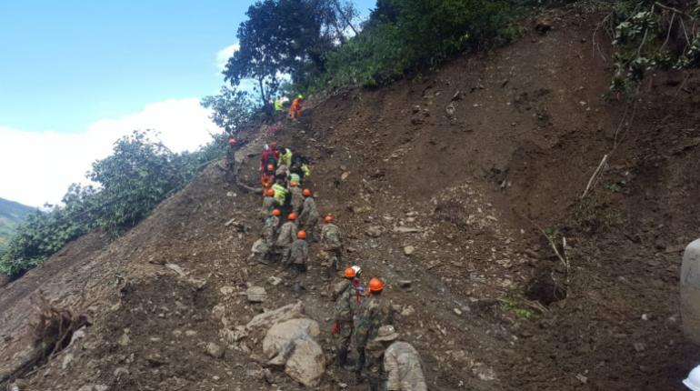 Nuevo deslizamiento cierra el recorrido Yolosita – Caranavi