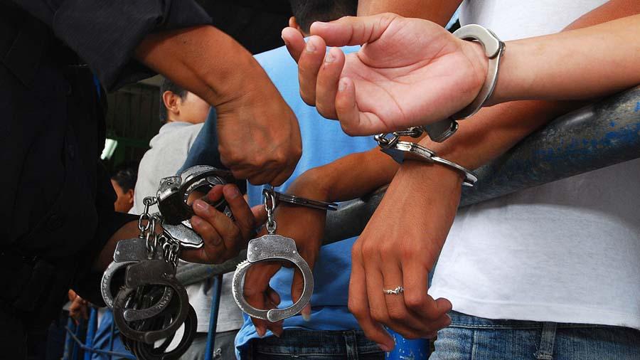 3 policías fueron suspendidos por la denuncia de violación a una reclusa en un penal de Rurrenabaque