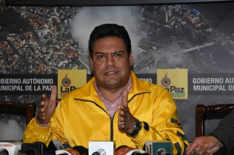 Revilla convoca a la Gobernación y al Gobierno para definir la localización del nuevo relleno sanitario para La Paz