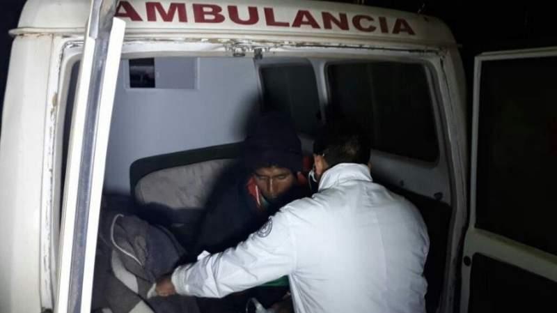 2 personas fueron hospitalizadas tras ser impactadas por un rayo en el municipio de Santiago de Machaca