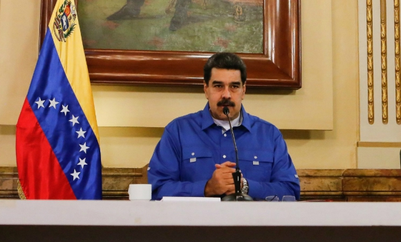 """Nicolás Maduro propuso adelantar las elecciones legislativas para generar una solución """"pacífica"""" ante crisis política y económica"""