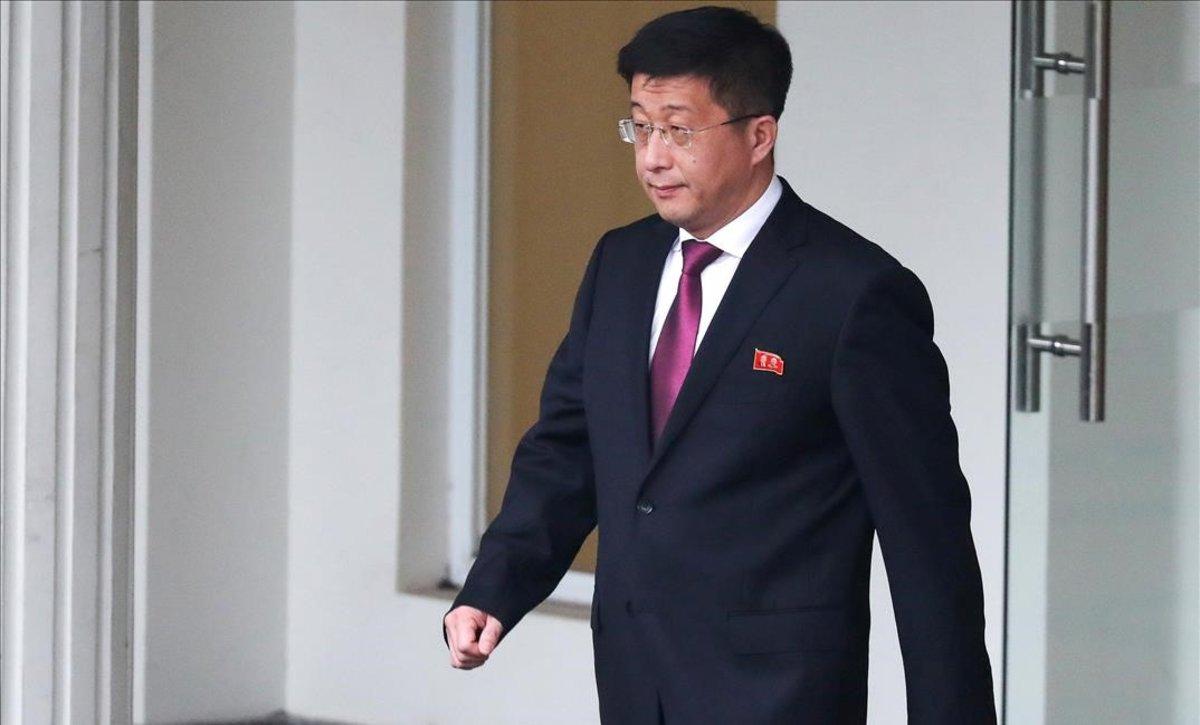 Corea del sur fusiló a Kim Jong y otros cuatro funcionarios acusados por traición